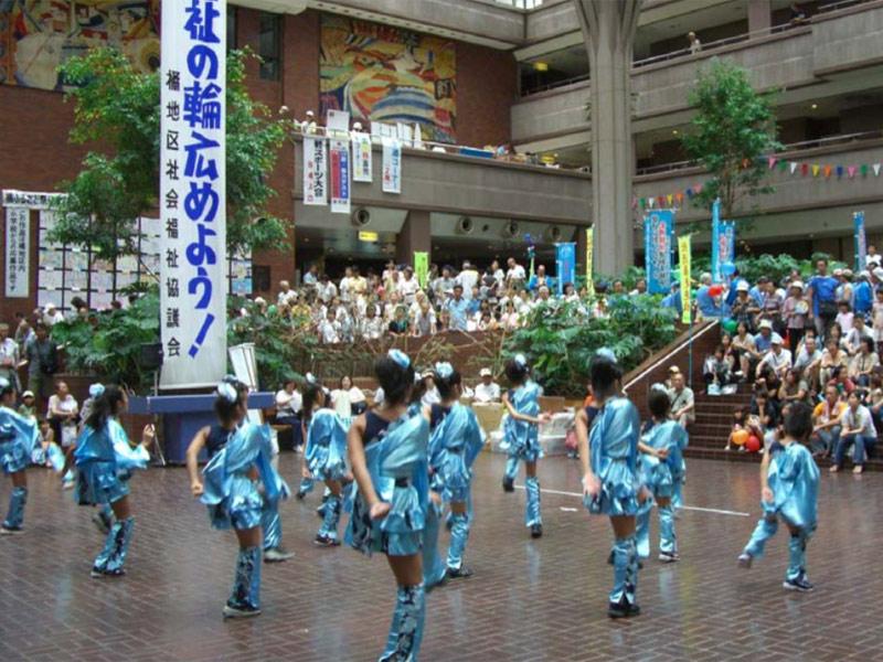 2008年8月10日、第29回橘ふるさと祭りに「SAKADO WINDS」が出演しました。